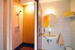 Kisduna Panzió Dunaharaszti fürdőszoba 1